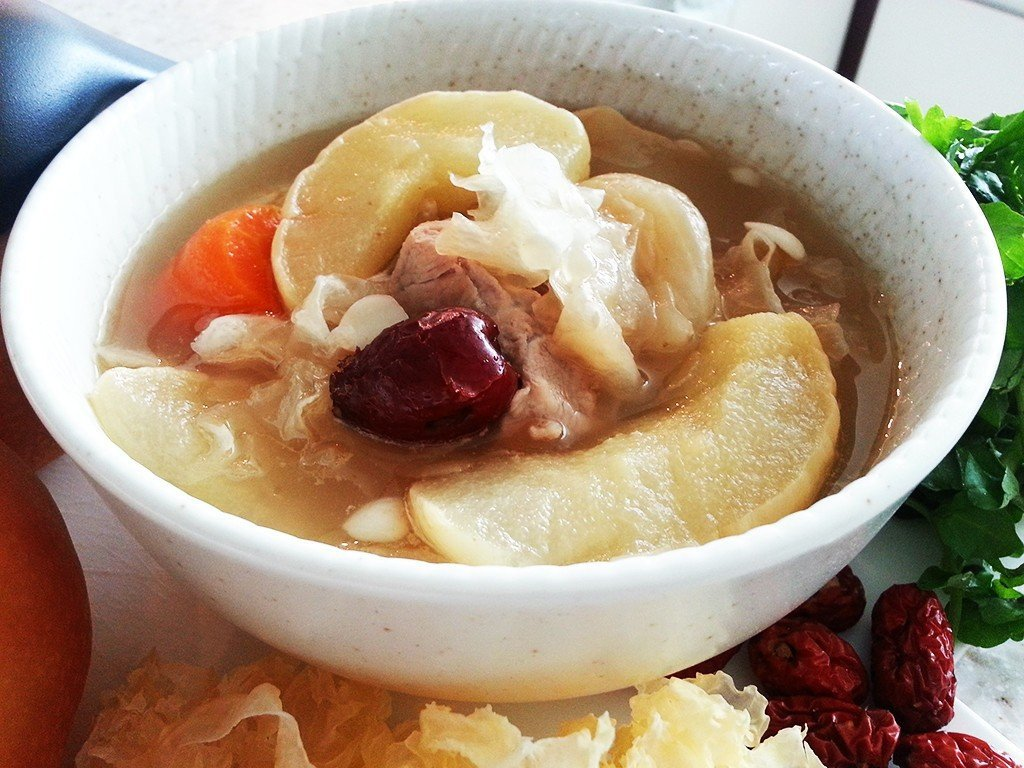 Pear_with_Snow_Fungus_and_Figs_Soup3
