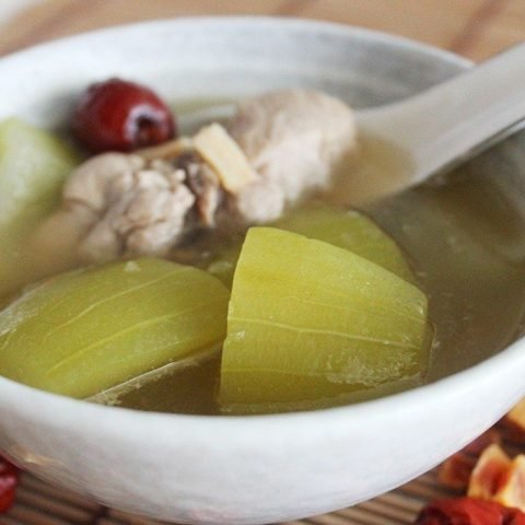 Hairy Gourd with Dried Scallop Soup