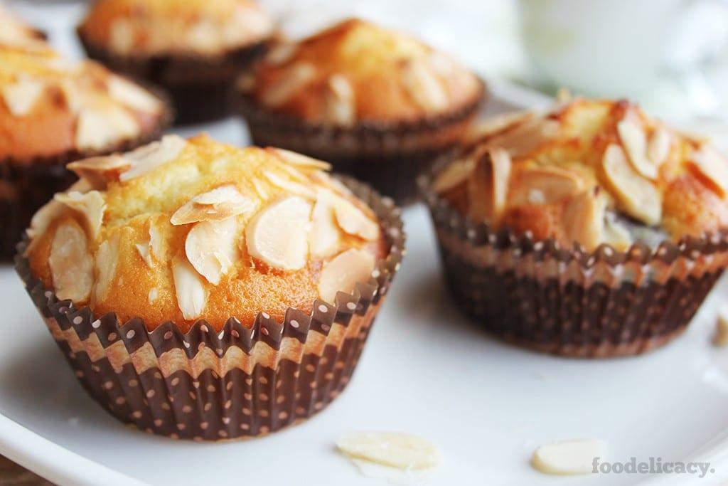 Almond_Cherry_Muffins_3