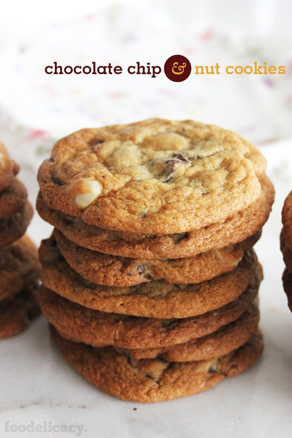 Chunky_Chewy_Chocolate_Chip_Cookies_Title_4