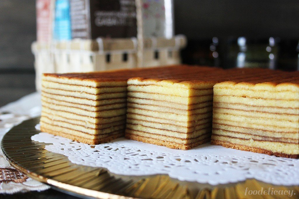 Indonesian Durian Layer Cake / Durian Lapis Cake
