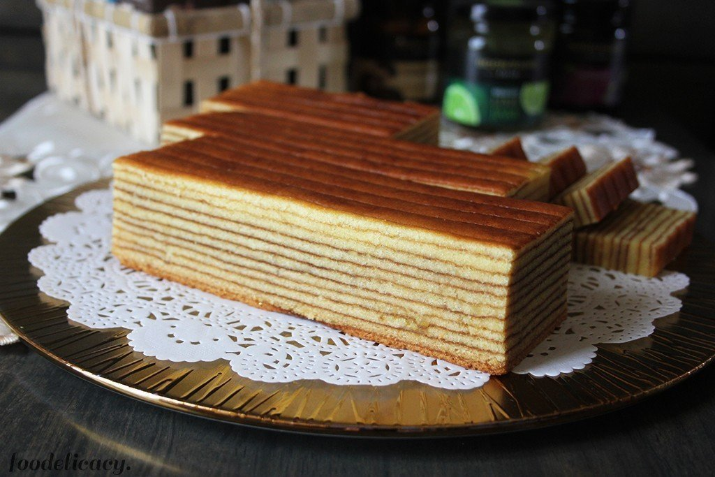 Yummy Layered Cake Recipes: Durian Indonesian Layer Cake
