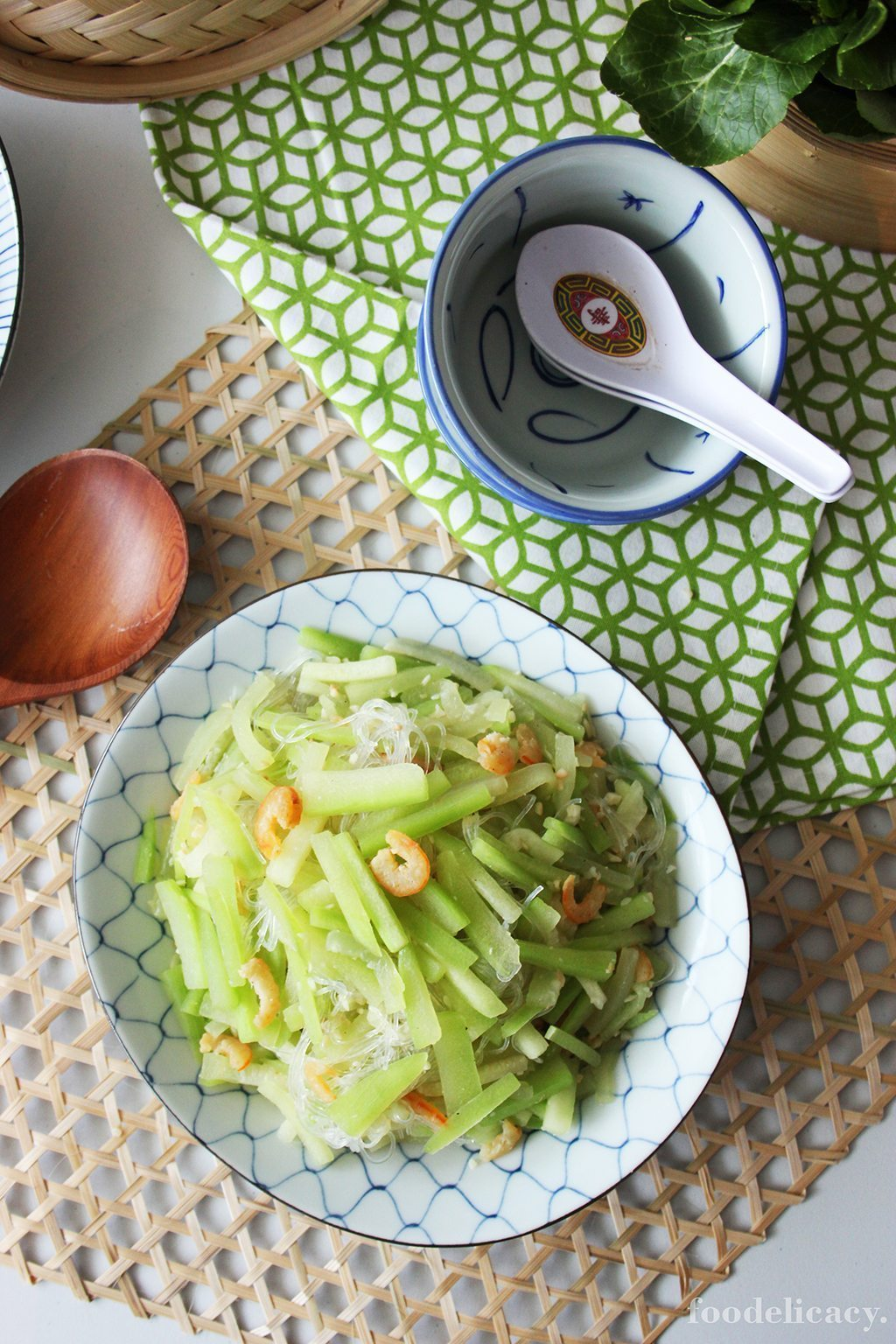 stir fried hairy gourd with mung bean vermicelli