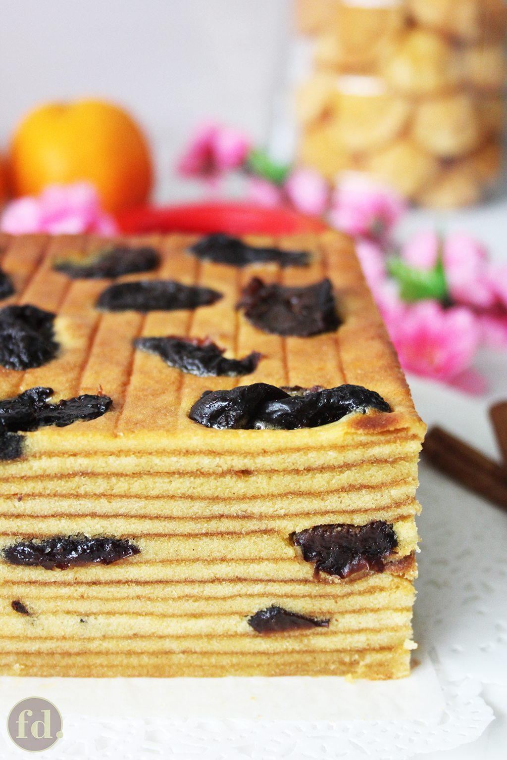 Indonesian prune layer cake foodelicacy just two days to go to the lunar new year and im posting this recipe for an indonesian prune layer cake at the eleventh hour oh the sin i know i know forumfinder Gallery