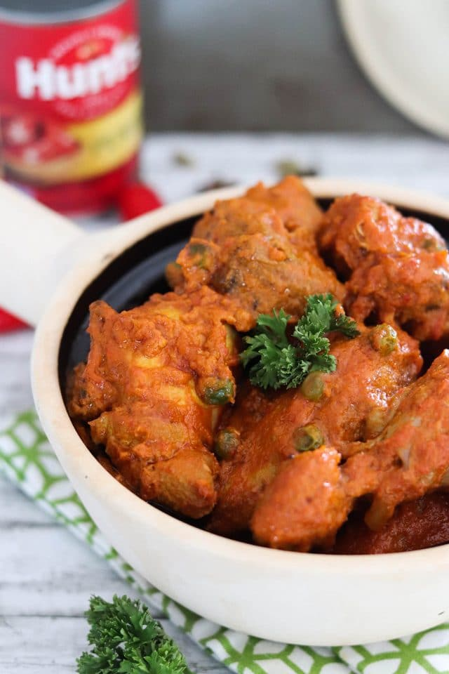 Malaysian dish of chicken in spicy tomato sauce