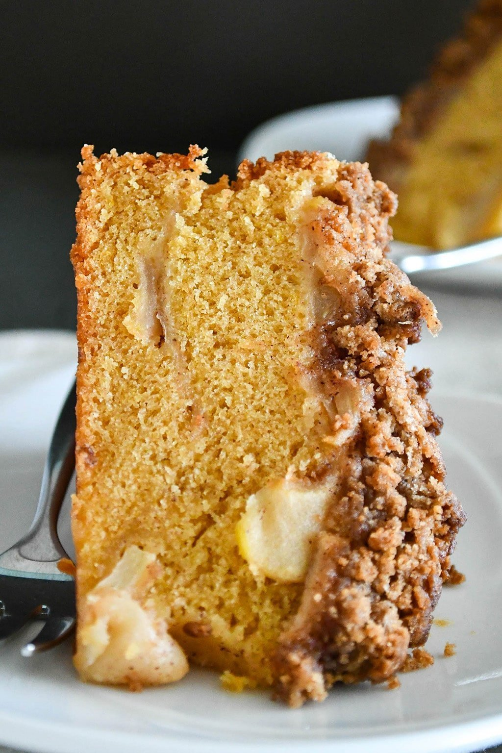 apple cake with brown sugar cinnamon streusel