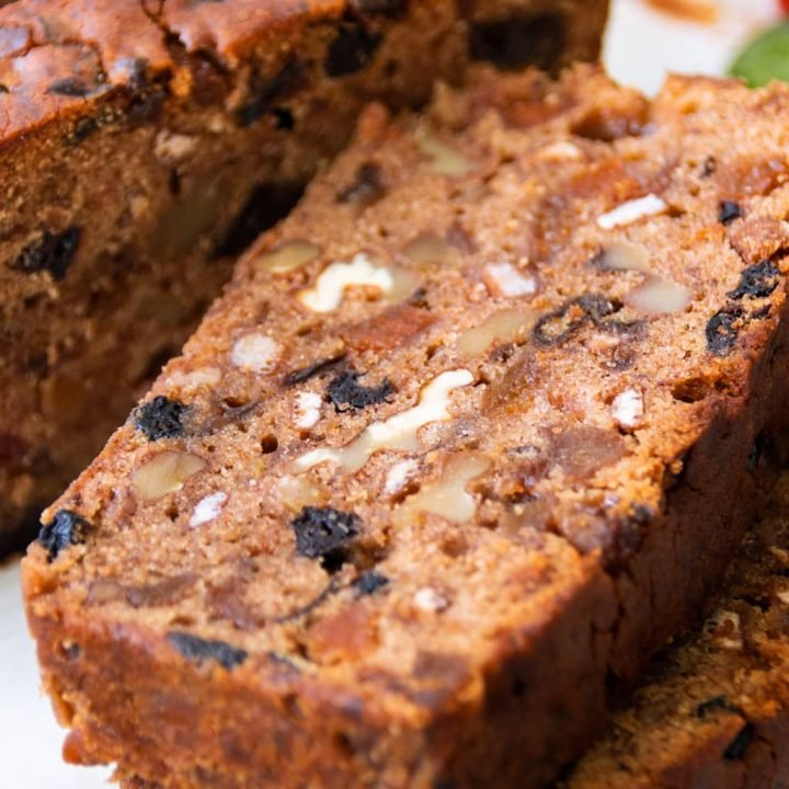 How to Make a Rich & Moist Fruit Cake