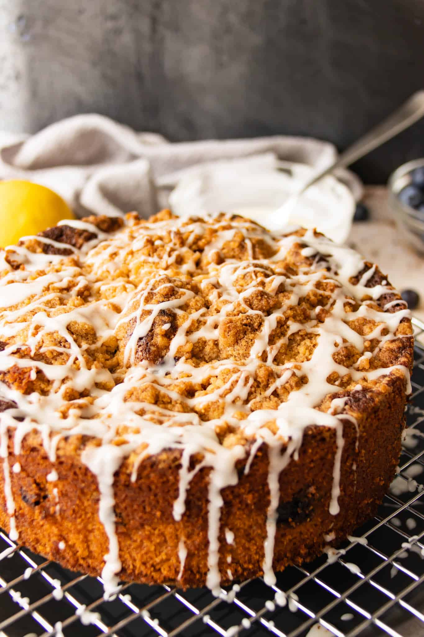 Blueberry crumble cake with lemon glaze